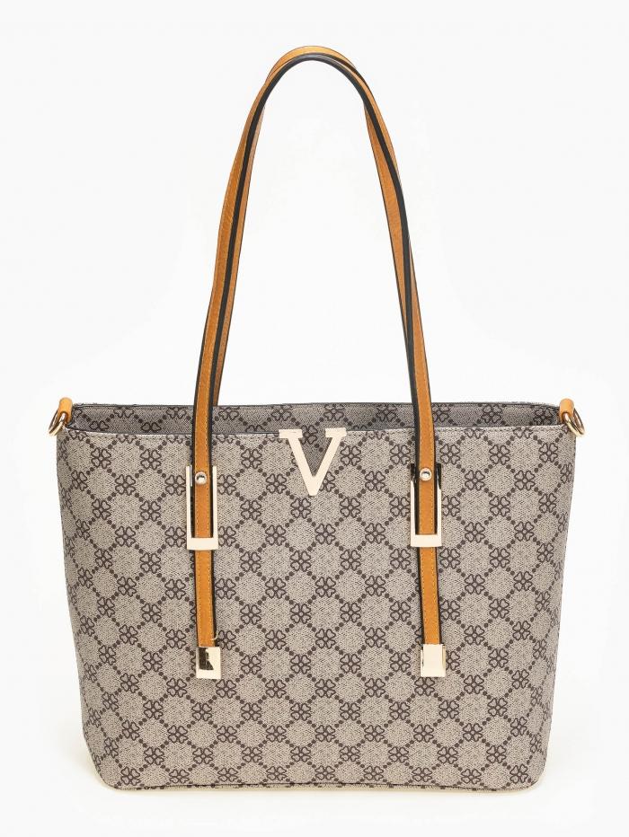 Τσάντα ώμου με pattern και μεταλλικές λοεπτομέρειες