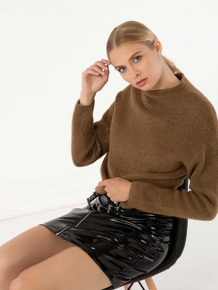 Βινύλ φούστα με φερμουάρ μπροστά
