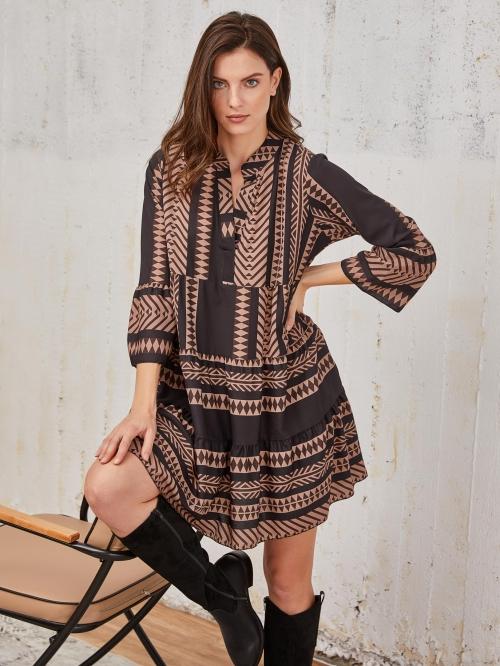 Φόρεμα με μοτίβο σε άνετη γραμμή